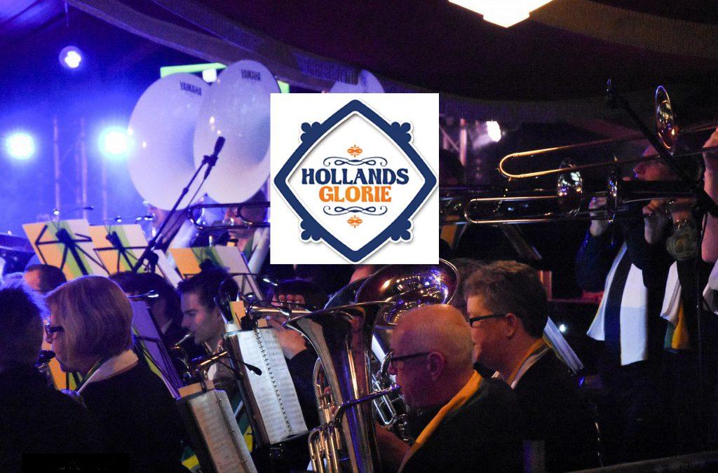 Meezingen met Nederlandse tophits tijdens Hollands Glorie Concert